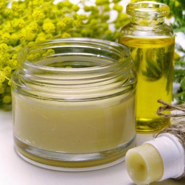 Huile de chanvre : Les 5 grands bienfaits de l'huile de chanvre pour notre corps